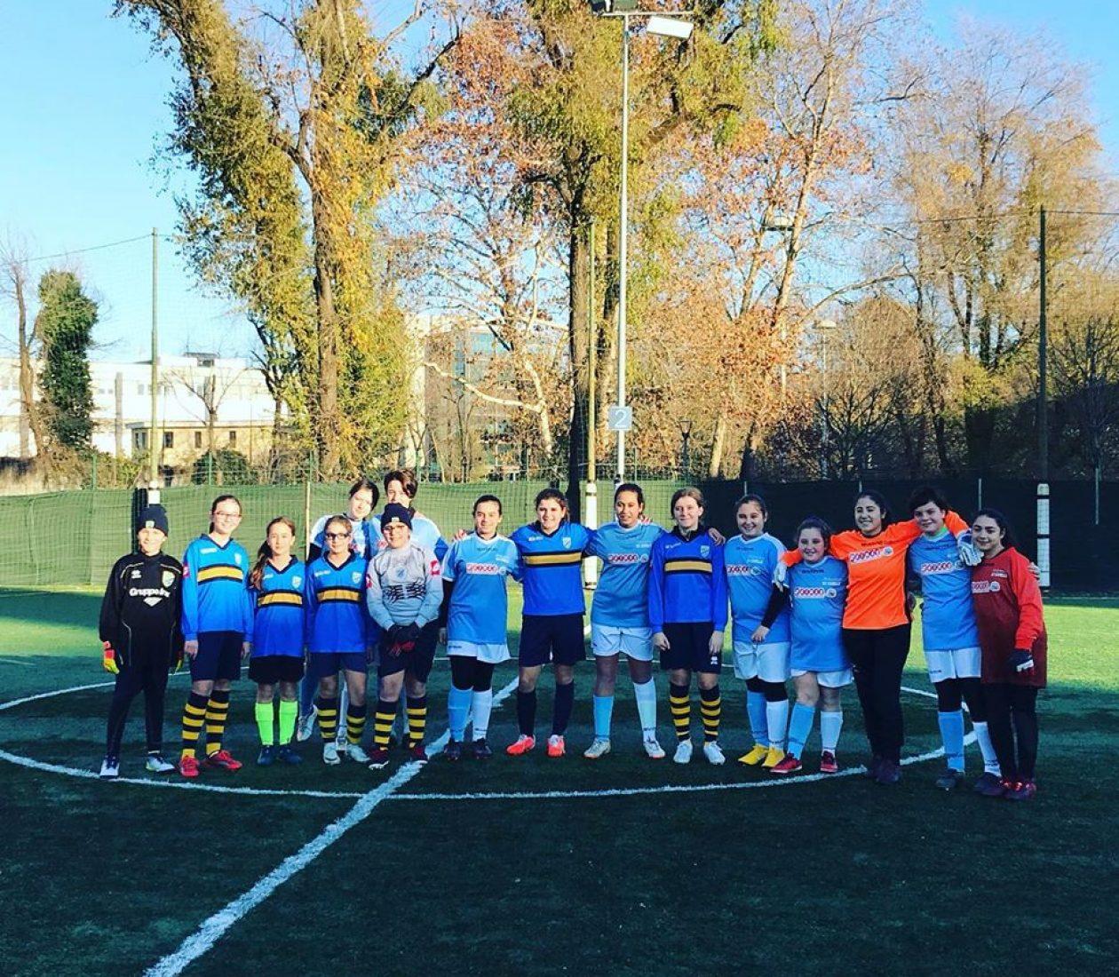 Prima partita di calcio femminile delle nostre ragazze!